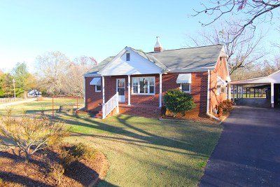 Greenwood Single Family Home For Sale: 326 Circle Dr.
