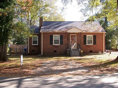 Greenwood County Single Family Home For Sale: 203 Bowles Avenue