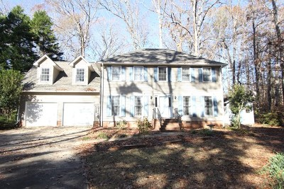 Greenwood Single Family Home For Sale: 115 Runnymeade