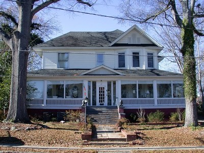 Greenwood County Single Family Home For Sale: 115 Grace Street