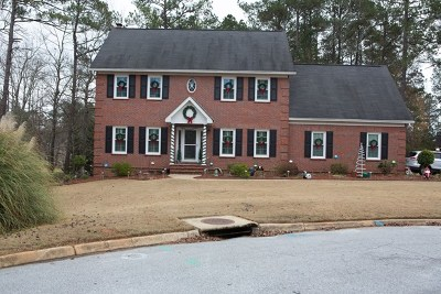 Greenwood Single Family Home For Sale: 106 Zoysia Court