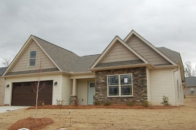 Greenwood County Single Family Home For Sale: 104 Granite Ct