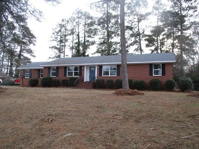 Greenwood County Single Family Home For Sale: 605 Colonial Dr