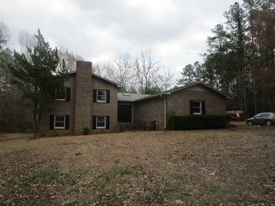 Greenwood Single Family Home For Sale: 819 Briarwood Rd