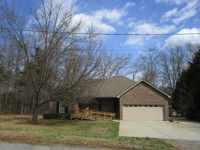 Abbeville Single Family Home For Sale: 301 Byrnes