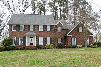 Greenwood Single Family Home For Sale: 107 Fairway Lakes Rd
