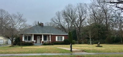 Greenwood County Single Family Home For Sale: 415 W Kirksey Drive