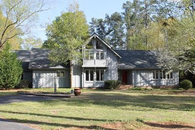 Greenwood County Single Family Home For Sale: 504 Lodge Dr