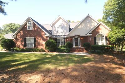 Greenwood Single Family Home For Sale: 407 Oakmonte Cir