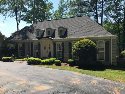 Greenwood Single Family Home For Sale: 106 Parkwood Road