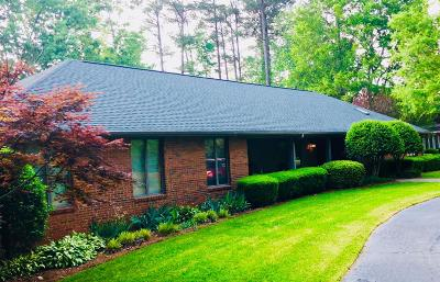 Greenwood Single Family Home For Sale: 507 Lodge Drive