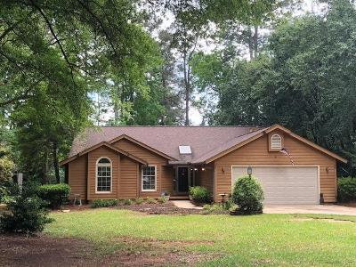 Greenwood Single Family Home For Sale: 110 Quail Run
