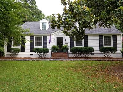 Greenwood Single Family Home For Sale: 117 Laurel Ave W
