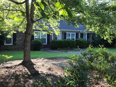 Greenwood County Single Family Home For Sale: 105 Portsmouth