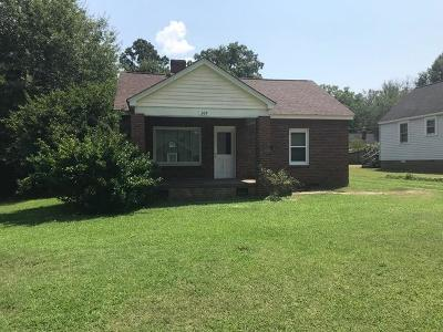 Greenwood Single Family Home For Sale: 209 Bowles