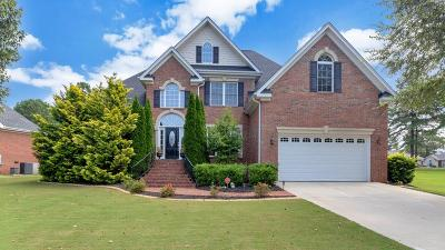 Greenwood Single Family Home For Sale: 104 Tryon Ct.