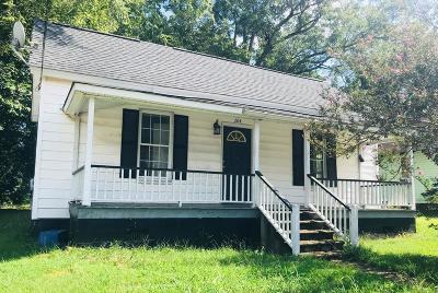 Abbeville Single Family Home For Sale: 204 Henry M. Turner St.