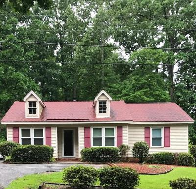 Greenwood SC Single Family Home For Sale: $105,000