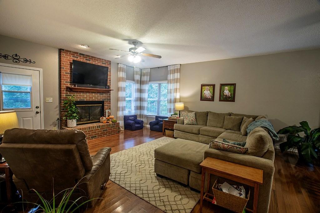 108 Ferry Cove Road, Greenwood, SC.| MLS# 116391 | Kay W. Dangerfield |  864 984 3070 | Greenwood SC Homes For Sale