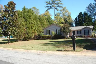 Greenwood SC Single Family Home For Sale: $129,900