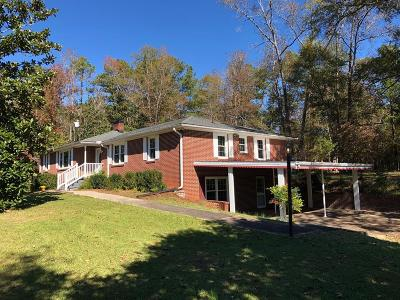 Greenwood Single Family Home For Sale: 404 Willard Rd