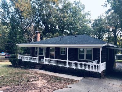 Greenwood County Single Family Home For Sale: 150 Pinehaven Drive