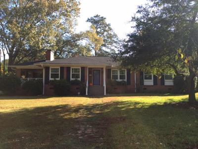 Greenwood Single Family Home For Sale: 109 Ridgewood Circle