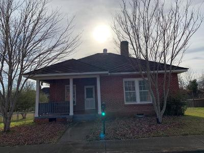 Greenwood County Single Family Home For Sale: 104 Cothran Street