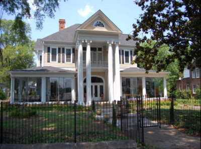 Greenwood Single Family Home For Sale: 101 Cambridge Ave
