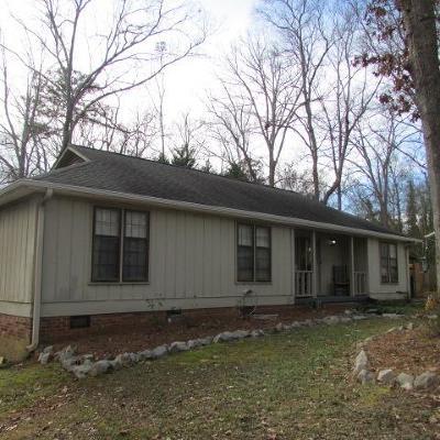 Greenwood Single Family Home For Sale: 105 Chestnut Ridge
