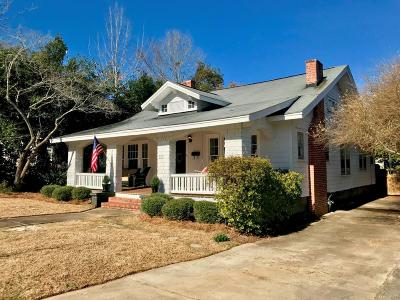 Greenwood Single Family Home For Sale: 113 E Henrietta