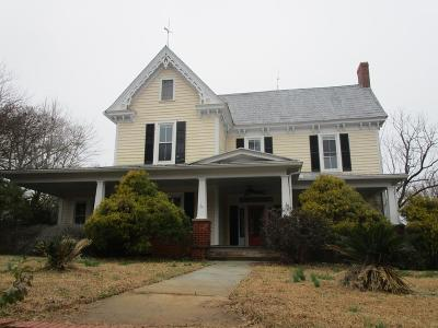 Laurens Single Family Home For Sale: 406 Chestnut St