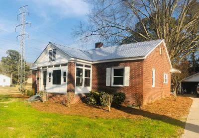Greenwood SC Single Family Home For Sale: $134,500
