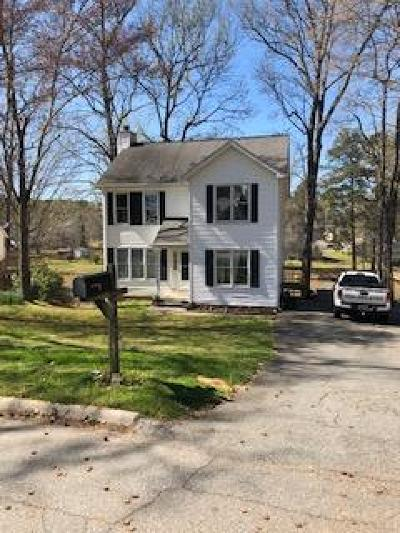 Greenwood Single Family Home For Sale: 220 Loblolly