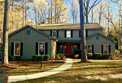 Greenwood Single Family Home For Sale: 511 Gatewood Drive