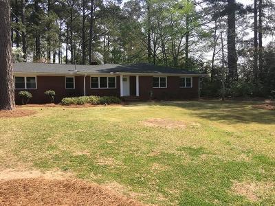 Greenwood Single Family Home For Sale: 104 Hampton Road