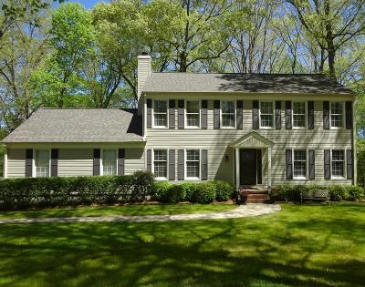 Greenwood Single Family Home For Sale: 231 Chatham Drive