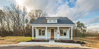 Greenwood Single Family Home For Sale: 110 Cottage Lane
