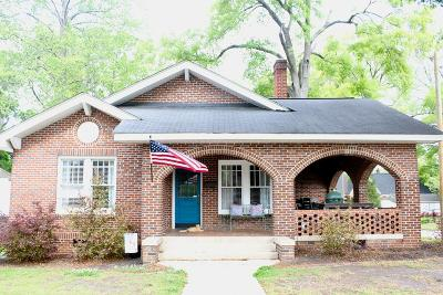Greenwood Single Family Home For Sale: 202 Andrews Ave.