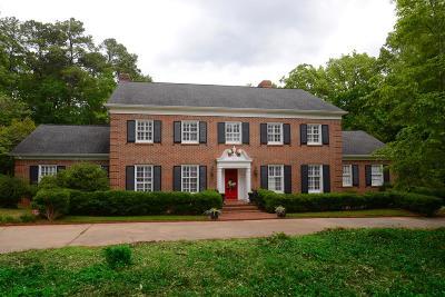 Greenwood County Single Family Home For Sale: 705 E Henrietta