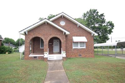 Greenwood Single Family Home For Sale: 402 Bond Ave