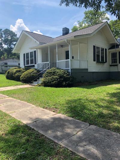 Abbeville Single Family Home For Sale: 704 Brooks St.