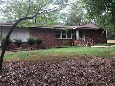 Greenwood Single Family Home For Sale: 103 Oak Forest