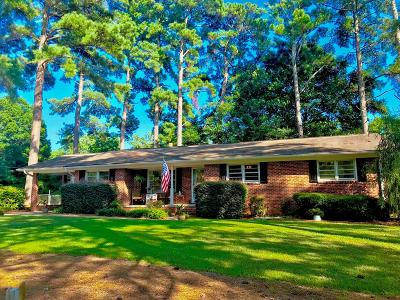 Greenwood Single Family Home For Sale: 407 Marietta Drive