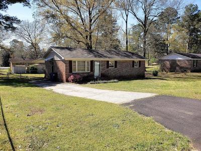 Greenwood Single Family Home For Sale: 108 Squirrel Tree Road
