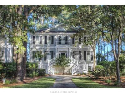 Beaufort County Single Family Home For Sale: 55 Tabby Circle