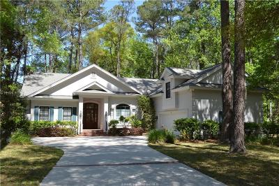 Beaufort County Single Family Home For Sale: 11 E Summerton Court