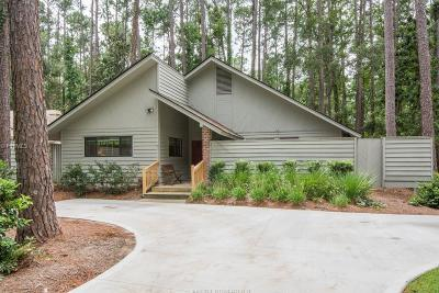 Single Family Home For Sale: 2 Arrow Wood Road