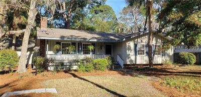 Hilton Head Island Single Family Home For Sale: 10 Myrtle Ln