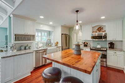 Single Family Home For Sale: 6 Greenwood Court